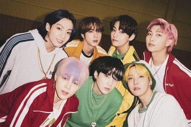Boygroup Gen Z bán 2 triệu album vèo vèo đỉnh ngang ngửa BTS, ghi danh vào kỷ lục mọi thời đại - Ảnh 4.
