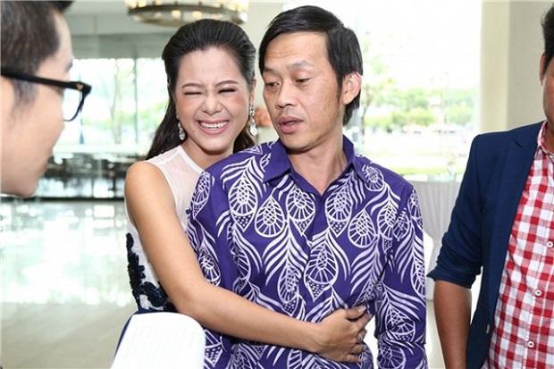 Nam Thư có động thái bảo vệ NS Hoài Linh, tiết lộ thương đàn anh đến phát ức giữa lùm xùm từ thiện - Ảnh 4.
