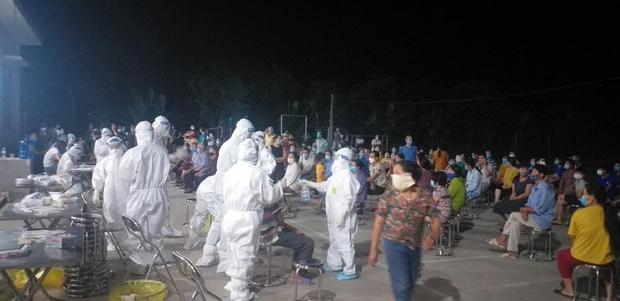 Bắc Ninh ghi nhận thêm 59 ca dương tính với SARS-CoV-2, 7 người phải thở máy - Ảnh 1.