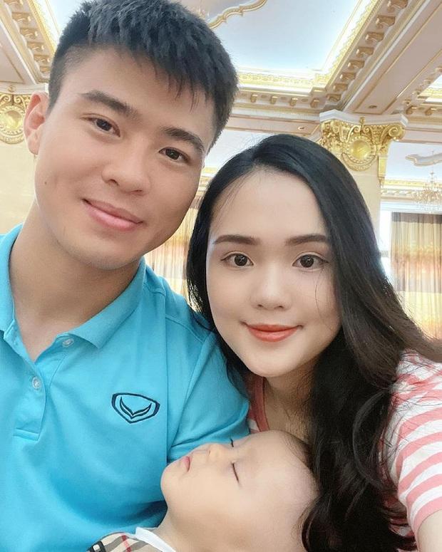 Quỳnh Anh kể khoảnh khắc cảm động trước giờ tạm biệt Duy Mạnh: Con trai đập cửa xe đòi ra với bố, Duy Mạnh chạy theo để bế con - Ảnh 3.