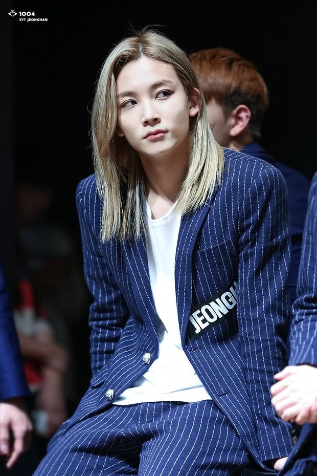Idol định nghĩa combo cao - đẹp - tóc vàng hoe trong Kpop: Rosé - Yuna như công chúa, đại diện BTS - SEVENTEEN gây bất ngờ - Ảnh 20.