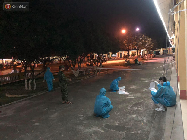 Nghe tin quê nhà bị phong toả, chàng sinh viên nửa đêm giấu bố mẹ từ Hà Nội về Bắc Giang tham gia chống dịch