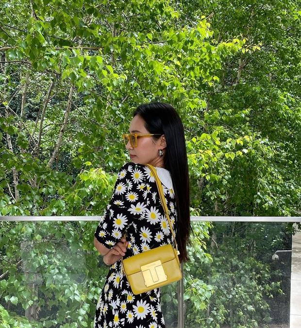 Cuộc chiến váy hoa: Rosé như em chưa 18, Yuri (SNSD) sành điệu ngút ngàn nhưng ai mới thắng thế? - Ảnh 2.