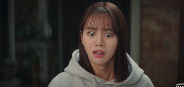 Thánh meme phim Hàn gọi tên Hyeri, Duk Sun của Reply 1988 vẫn chưa là gì so với phim mới - Ảnh 5.