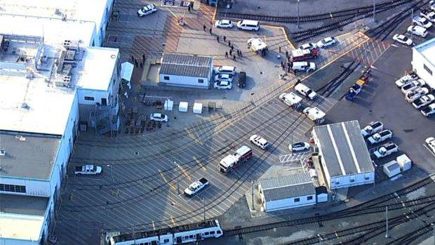 Mỹ: Xả súng tại California, 9 người thiệt mạng, nhà nghi phạm bốc cháy - Ảnh 2.