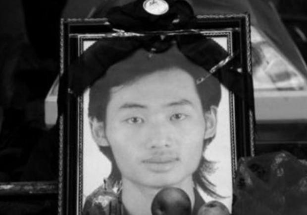 Thanh niên bỏ mạng vì cứu gia đình 4 người, kẻ vô ơn đã không dự đám tang lại còn buông một câu nói cay nghiệt gây phẫn nộ - Ảnh 3.