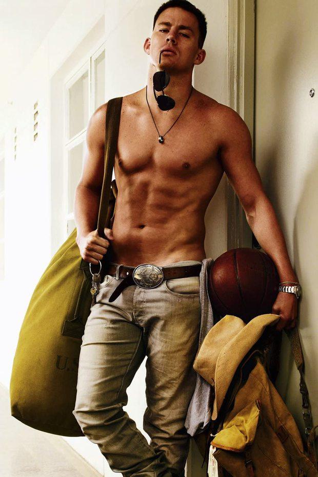 Bom sex Channing Tatum khoe ảnh khỏa thân bốc lửa ở phim trường, nhá hàng cảnh nóng cực bạo - Ảnh 1.