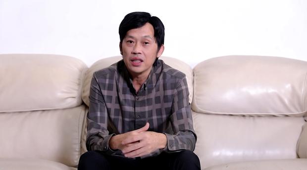 Trong thời gian kêu gọi, NS Hoài Linh từng thông báo chưa thể đi cứu trợ miền Trung ngay vì một lý do - Ảnh 2.