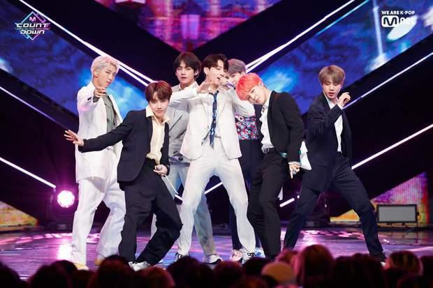 Đằng sau sân khấu quảng bá ngắn ngủi, idol Kpop bị bào mòn sức khoẻ nặng nề vì lịch trình điên rồ kéo dài cả ngày - Ảnh 2.