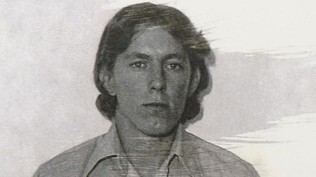 Người đàn ông may mắn được cứu trong vụ tai nạn hy hữu, 40 năm sau lộ mặt là hung thủ trong vụ án mạng bí ẩn 4 thập kỷ trước - Ảnh 1.