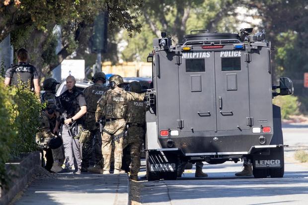 Mỹ: Xả súng tại California, 9 người thiệt mạng, nhà nghi phạm bốc cháy - Ảnh 3.