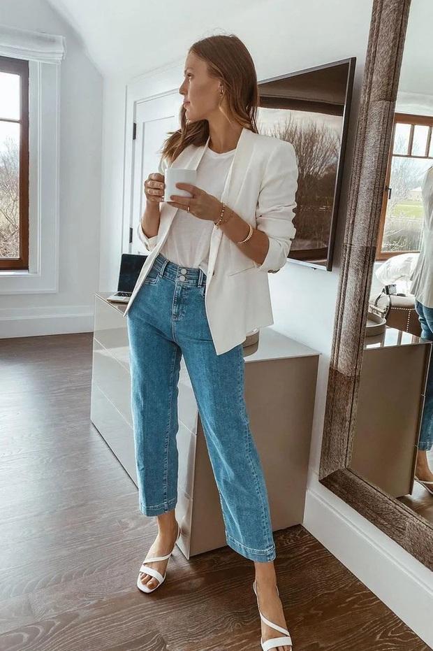 Có 1 item trong tủ của bạn khi mix cùng quần jeans sẽ kéo dài chân cực vi diệu - Ảnh 8.