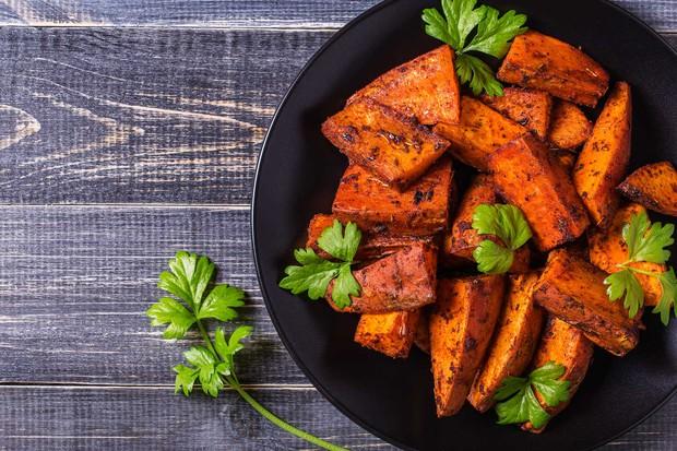 Khoai lang và khoai tây: Loại nào tốt cho sức khỏe hơn? - Ảnh 3.