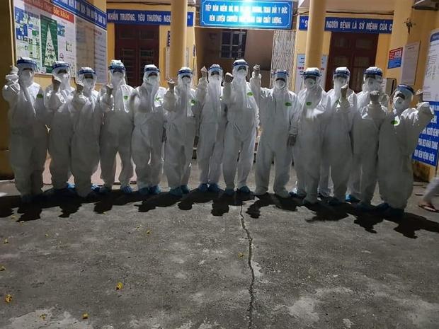 Chùm ảnh đẹp: Hàng ngàn sinh viên các trường Y dược lên đường hỗ trợ Bắc Ninh, Bắc Giang chống dịch COVID-19 - Ảnh 3.