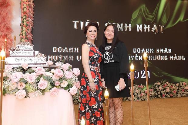 Ái nữ duy nhất của bà Phương Hằng: Cực kỳ kín tiếng, được nữ đại gia khẳng định là niềm kiêu hãnh của mẹ - Ảnh 1.