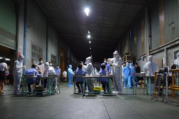 ẢNH: Thần tốc lấy 700 mẫu xét nghiệm tại công ty bếp gas do liên quan đến ca nhiễm tại Hội thánh truyền giáo Phục Hưng - Ảnh 3.