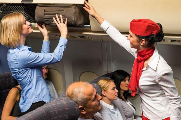 16 điều bình thường nhưng các tiếp viên tuyệt nhiên không được phép làm trên máy bay nếu không muốn bị sa thải, mất việc - Ảnh 3.
