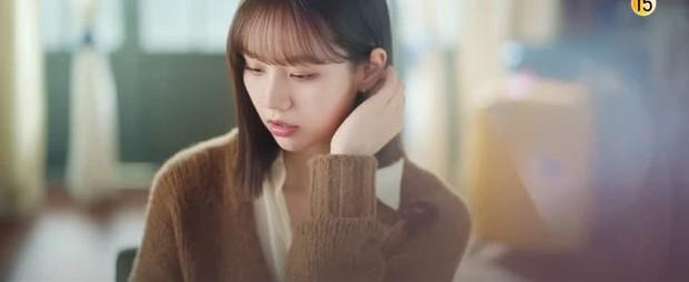 Thánh meme phim Hàn gọi tên Hyeri, Duk Sun của Reply 1988 vẫn chưa là gì so với phim mới - Ảnh 16.