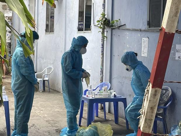 Bình Dương thông báo khẩn tìm người liên quan đến chuỗi lây nhiễm COVID-19 tại TP. Hồ Chí Minh - Ảnh 1.