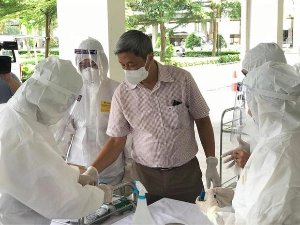 Vaccine là chìa khoá chặn dịch: Kế hoạch mua và phát triển vaccine Covid-19 của Việt Nam thời gian tới ra sao? - Ảnh 2.