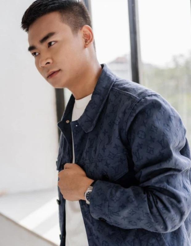 Quang Cuốn: Nam streamer chuyên trị những outfit nghìn đô, cuộc sống vương giả ở độ tuổi 22 - Ảnh 6.
