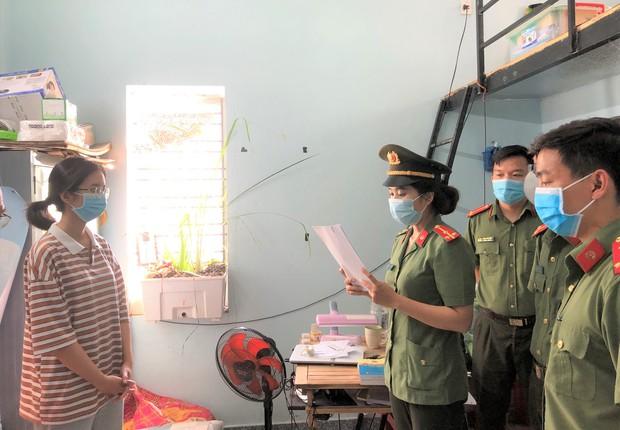 2 thiếu nữ tiếp tay cho chuyên gia Hàn Quốc 'dỏm' nhập cảnh trái phép giữa dịch Covid-19 - Ảnh 1.