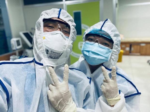 Bác sĩ trẻ cạo trọc đầu, rạng rỡ trước khi lên đường chi viện tâm dịch Bắc Giang: Mong đại dịch sớm qua, trả lại cuộc sống bình yên cho dân mình - Ảnh 3.