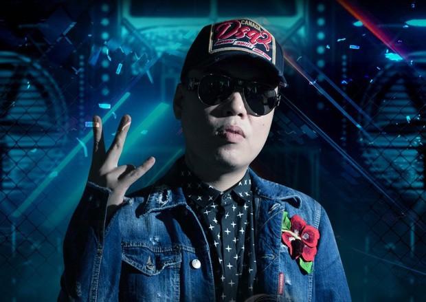 Soi ảnh thời bé của LK: Chuẩn trai Hà Nội xịn, visual khiến fan phải đứng hình vài giây - Ảnh 1.