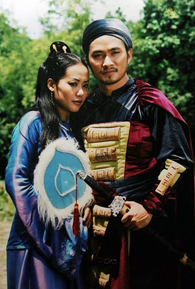 Diễn viên Chi Bảo trước khi giải nghệ: Tiếng tăm lẫy lừng, 2 lần đổ vỡ hôn nhân mới gặp được vợ kém 16 tuổi cực giàu - Ảnh 4.