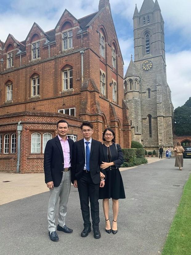 Diễn viên Chi Bảo trước khi giải nghệ: Tiếng tăm lẫy lừng, 2 lần đổ vỡ hôn nhân mới gặp được vợ kém 16 tuổi cực giàu - Ảnh 13.