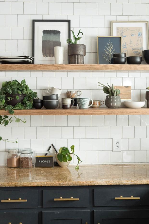 5 sai lầm cơ bản khiến nhà bếp của bạn lúc nào cũng lộn xộn, bừa bãi - Ảnh 2.
