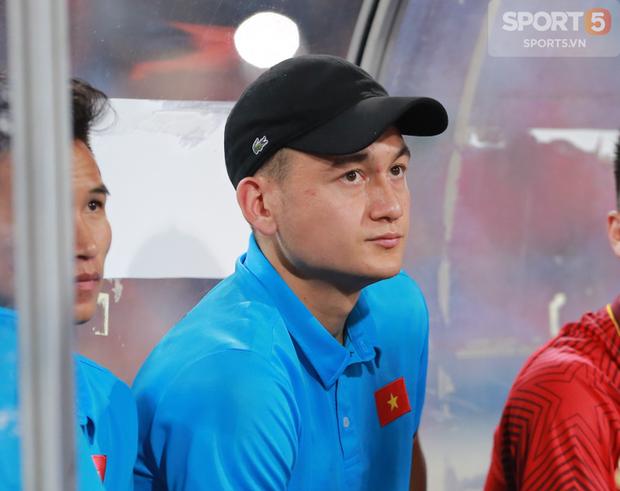 Đặng Văn Lâm rất buồn khi không được sang UAE cùng tuyển Việt Nam - Ảnh 1.