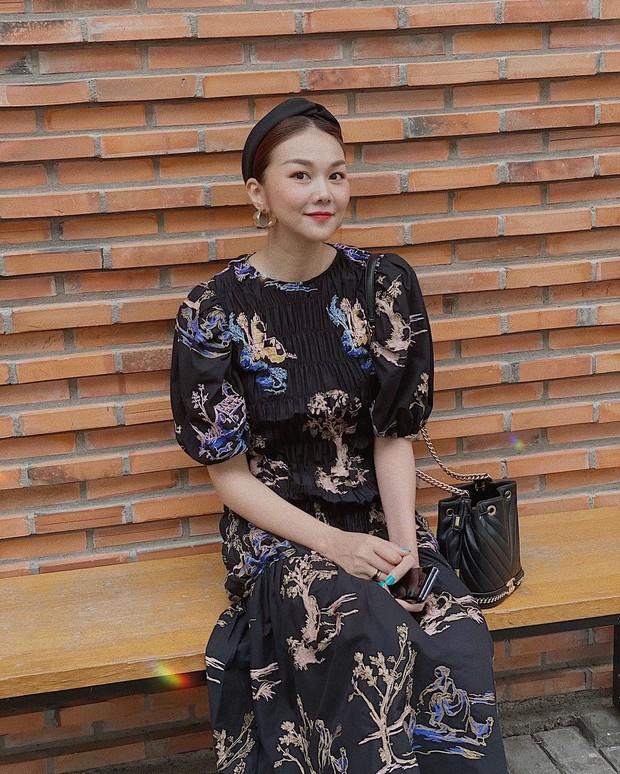 Ngắm bộ sưu tập váy đồ sộ của Thanh Hằng, đảm bảo các nàng 30+ mang về thêm nhiều kiểu trẻ trung và ghi trọn điểm sang chảnh - Ảnh 12.