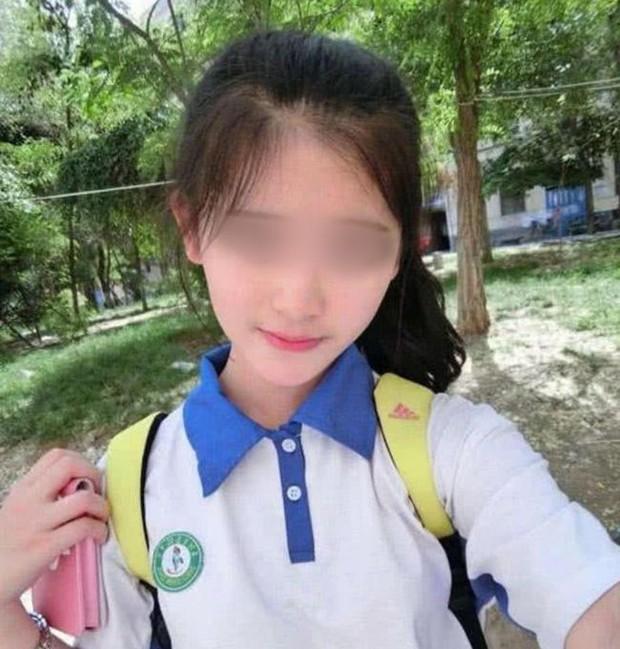 Vượt 300 cây số gặp bạn trai quen qua mạng, thiếu nữ 15 tuổi bị cho leo cây vì lộ mặt thật, phải đến đồn cảnh sát nhờ giúp đỡ - Ảnh 4.