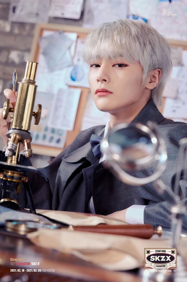 Những lời dự đoán trở thành hiện thực tại Kpop: BTS có 2 thánh tiên tri, Gong Yoo đã phán chính xác IU thành siêu sao ngay lần đầu gặp mặt - Ảnh 7.