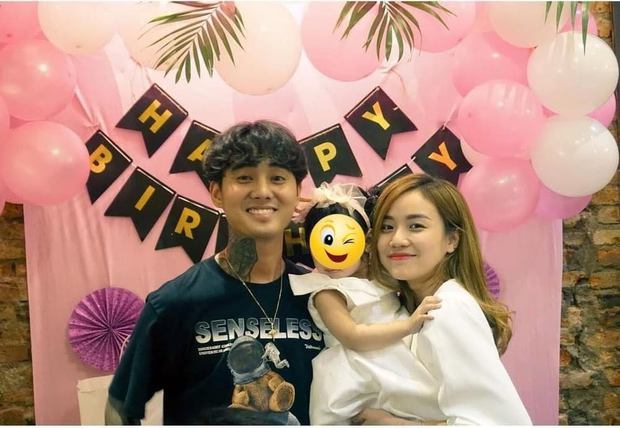 Lộ ảnh hiếm Đạt G dự tiệc sinh nhật con của vợ cũ Hoài Lâm năm ngoái, chỉ 1 chi tiết đã hé lộ quan hệ với gia đình đàng gái? - Ảnh 2.