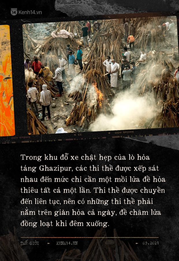 Một ngày tại lò hỏa táng giữa địa ngục Covid Ấn Độ: Khi cái chết là sự thật duy nhất trong các lò hỏa thiêu đang đỏ lửa ngày đêm - Ảnh 4.