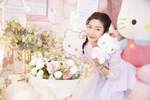 """Ảnh 2 đại mỹ nhân Lý Băng Băng - Jeon Ji Hyun so kè nhan sắc 10 năm trước được """"đào"""" lại khiến fan tranh cãi vì khó phân cao thấp - Ảnh 3."""