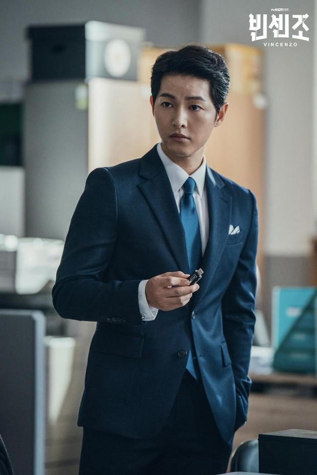 Knet thương nhớ visual của Song Joong Ki thời Running Man: Trẻ măng như em bé, đẹp trai ngút ngàn khiến bất chấp cảnh quay mờ nhòe - Ảnh 10.