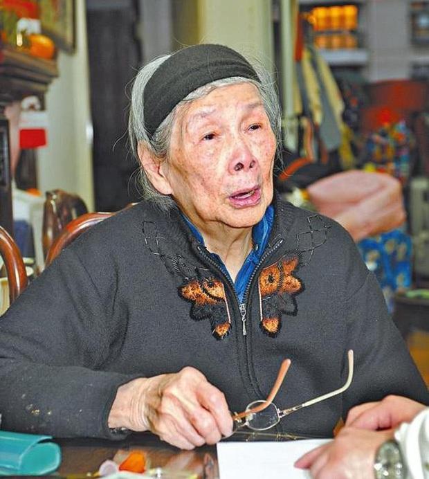 Bà mẹ hút máu của diva quá cố Mai Diễm Phương nhập viện ở tuổi 97, con trai cả mất tăm mất tích - Ảnh 3.