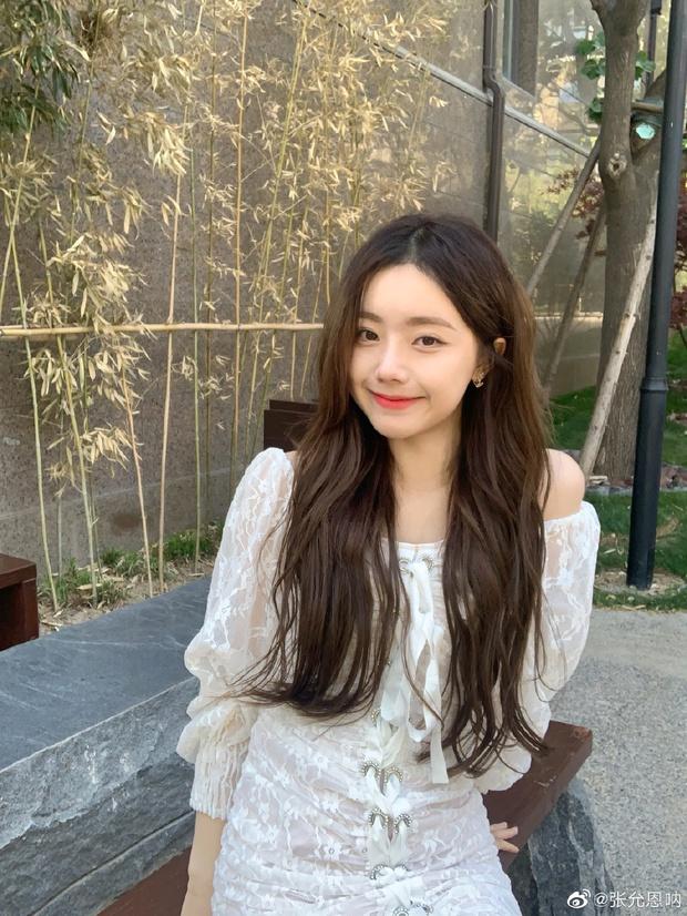 Mới tỏ tình sến rện với IU 5 tháng trước, Hoàng Tử Thao bị thám tử mạng soi bằng chứng hẹn hò với hotgirl đình đám - Ảnh 8.