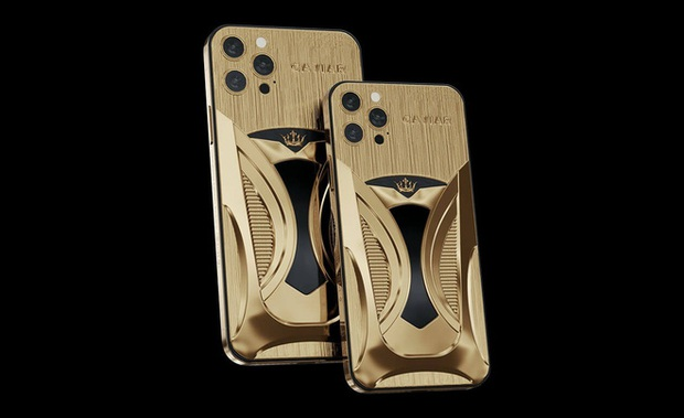 Chơi xe kiểu nhà giàu: Chi 7 tỷ mua cặp Tesla và iPhone 12 mạ vàng giới hạn 99 đôi trên toàn thế giới - Ảnh 4.
