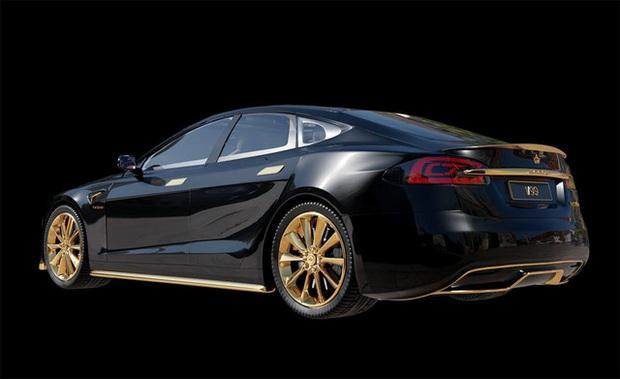 Chơi xe kiểu nhà giàu: Chi 7 tỷ mua cặp Tesla và iPhone 12 mạ vàng giới hạn 99 đôi trên toàn thế giới - Ảnh 5.