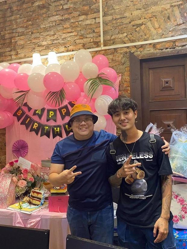 Lộ ảnh hiếm Đạt G dự tiệc sinh nhật con của vợ cũ Hoài Lâm năm ngoái, chỉ 1 chi tiết đã hé lộ quan hệ với gia đình đàng gái? - Ảnh 3.