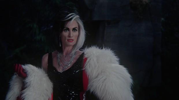 Nhan sắc 4 ác nữ Cruella trên phim: Mỹ nữ Emma Stone liệu có cửa đọ với bà hoàng 8 lần được đề cử Oscar? - Ảnh 5.