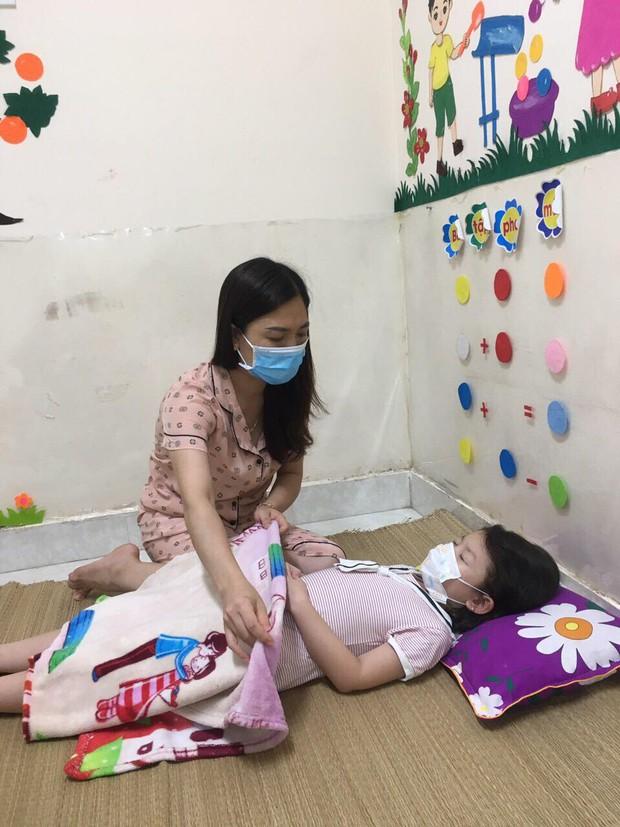 Cô giáo mầm non ở Bắc Giang tình nguyện đi cách ly để chăm các bé: Nửa đêm tỉnh giấc, các con ôm cô và hỏi Cô giáo ơi, mẹ của con đâu? - Ảnh 6.