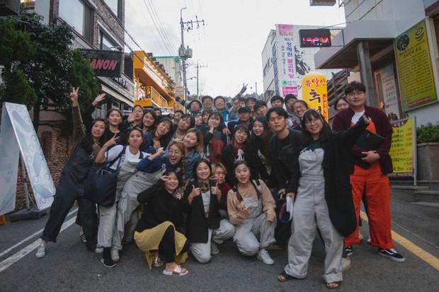 Ngôi làng sống vô tư dành cho những người trẻ bị trầm cảm ở Hàn Quốc - Ảnh 1.