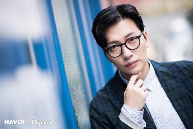 30 diễn viên Hàn hot nhất hiện nay: Minh tinh Oscar thống trị, Song Joong Ki cho Hyun Bin và Gong Yoo ngửi khói - Ảnh 4.