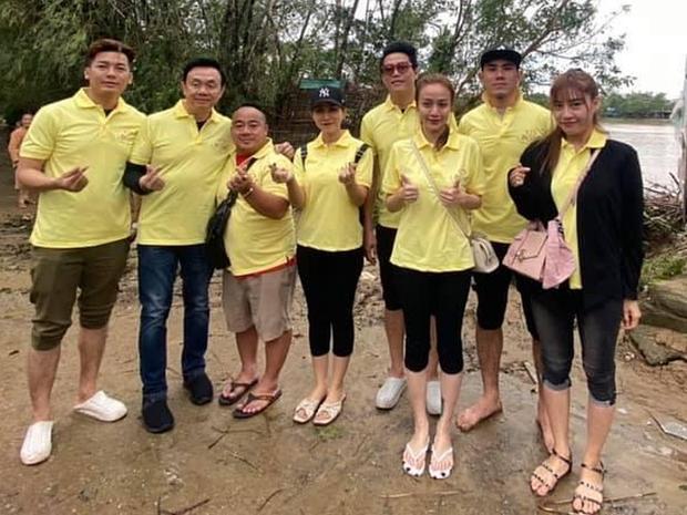 Clip người dân miền Trung lên tiếng về sự thật đoàn từ thiện của NS Hoài Linh, Chí Tài đến hỗ trợ xây nhà sau lũ từ cuối năm 2020 - Ảnh 6.