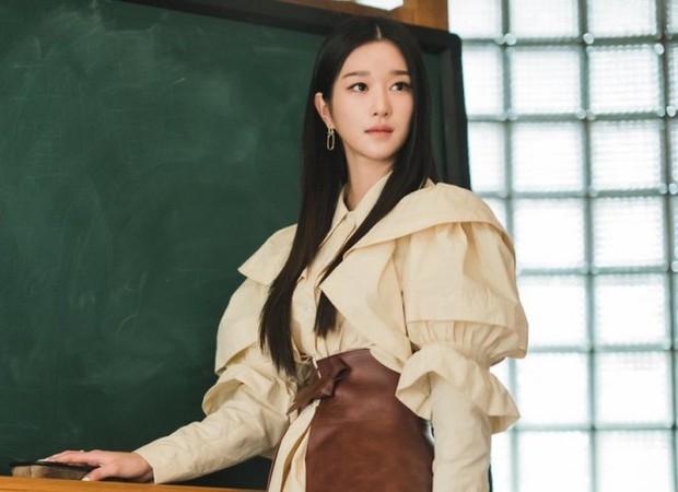"""Ai ngờ nhờ scandal thao túng tài tử Hạ Cánh Nơi Anh, """"điên nữ"""" Seo Ye Ji vượt mặt được cả BLACKPINK ở điểm này - Ảnh 2."""
